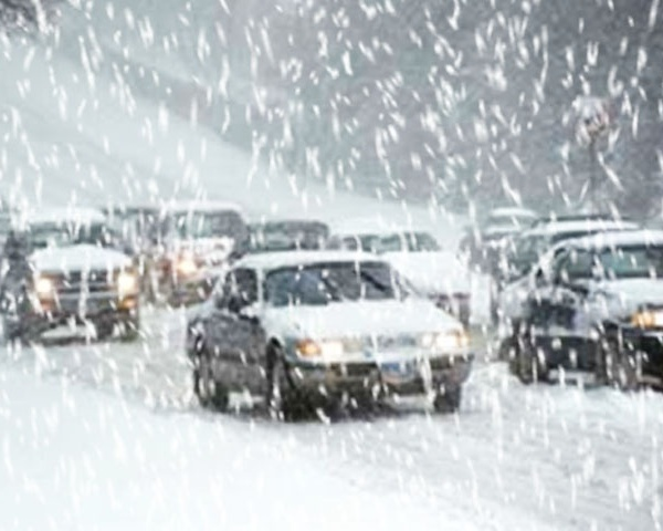 Driving in Snow_20997
