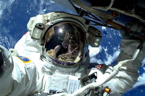 space selfie_23957