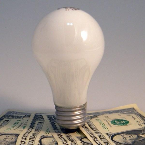 LightbulbMoneyElectricity_26488