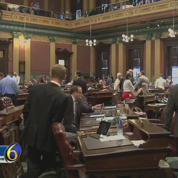 Skubick: Move begins (again) to eliminate Michigan Senate