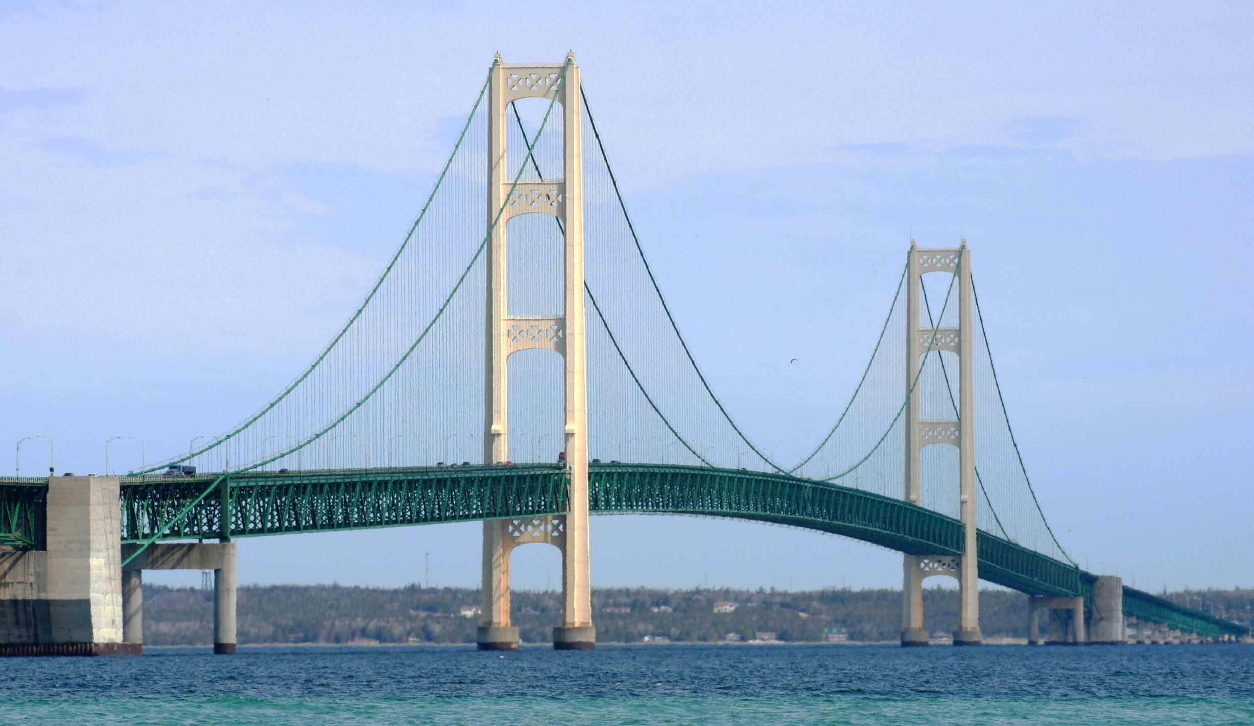 Mackinac_Bridge_8951