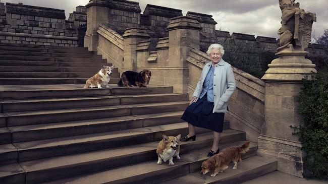 Britain Queen's 90th Birthday_149438