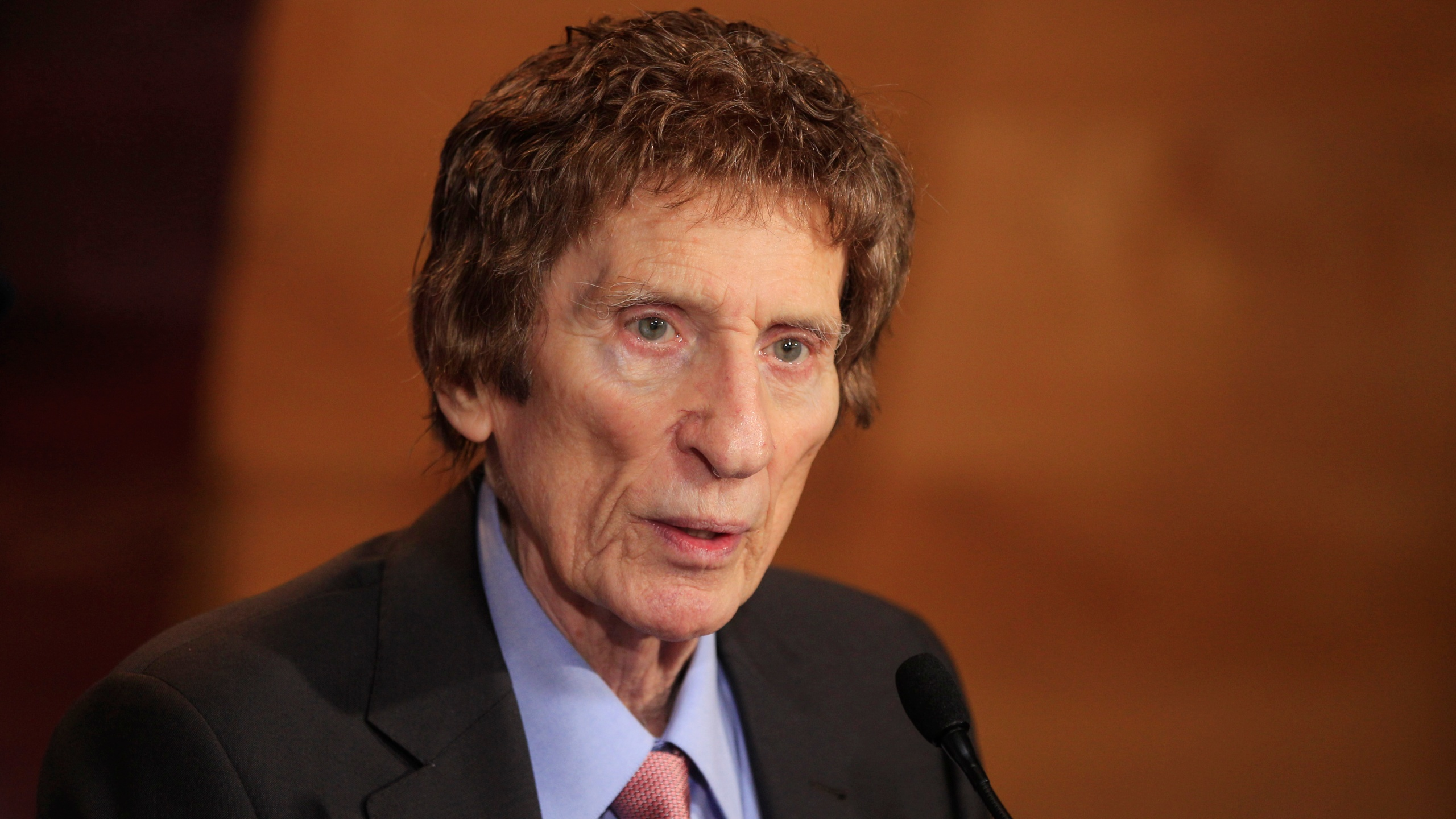 Mike Ilitch_153361