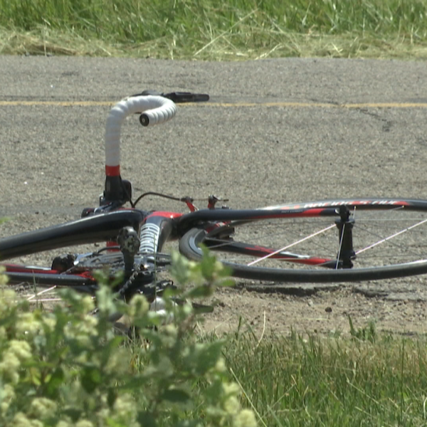 Bicyclist Dead_162963