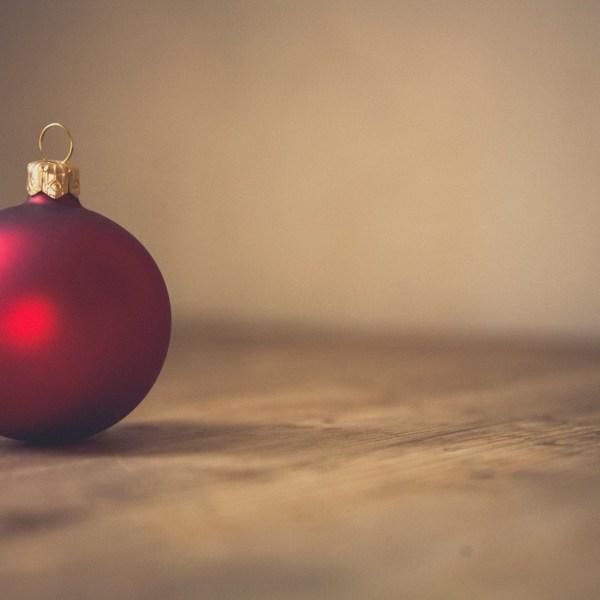 Christmas ball ornament_208344