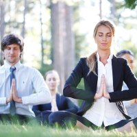 team-building-yoga-corporate-events_276362