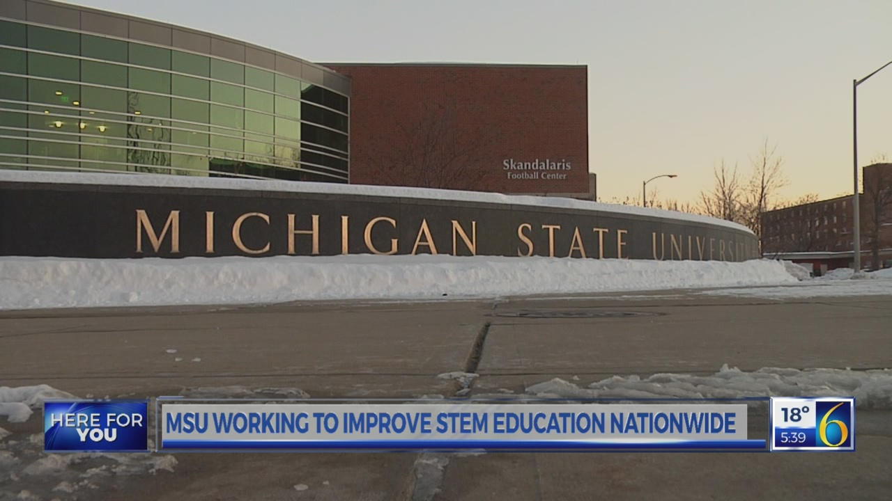 Foundation gives money for STEM students