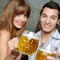 couple-drinking-beer_1517349143470_337747_ver1-0_32941946_ver1-0_640_360_365826