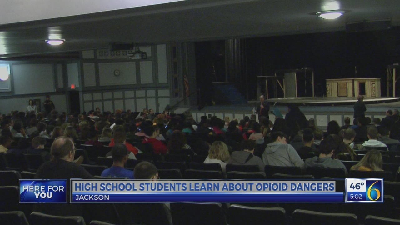 Jackson HS students learn about opioid danger