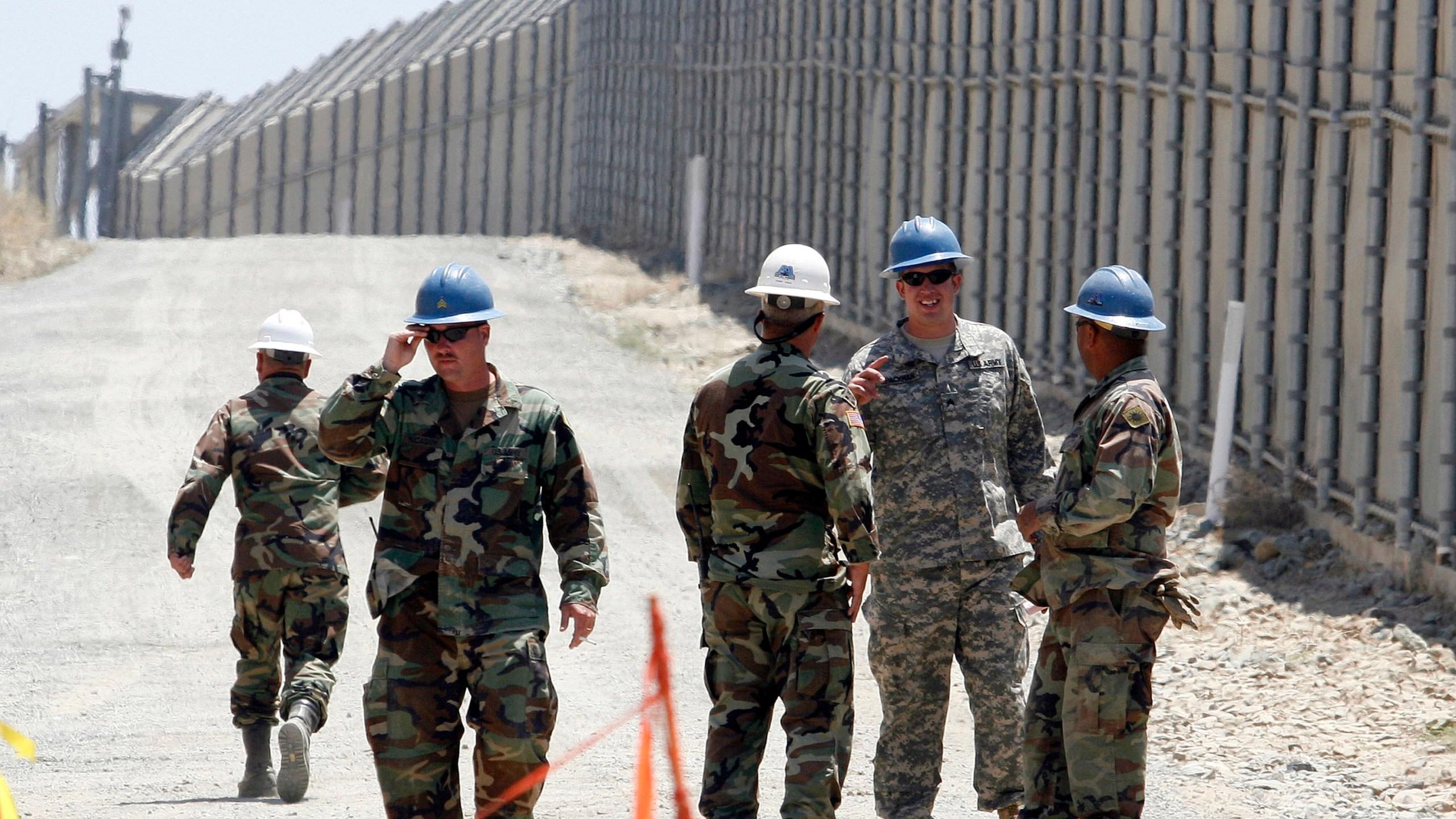 Trump_Border_65865-159532.jpg92575705