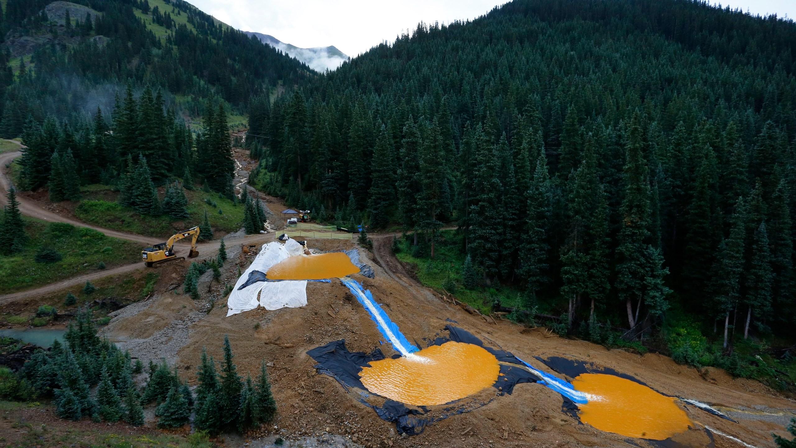 Mining_Pollution_46525-159532.jpg89043538