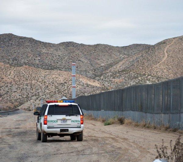 Border wall_1544803482006.jpeg.jpg