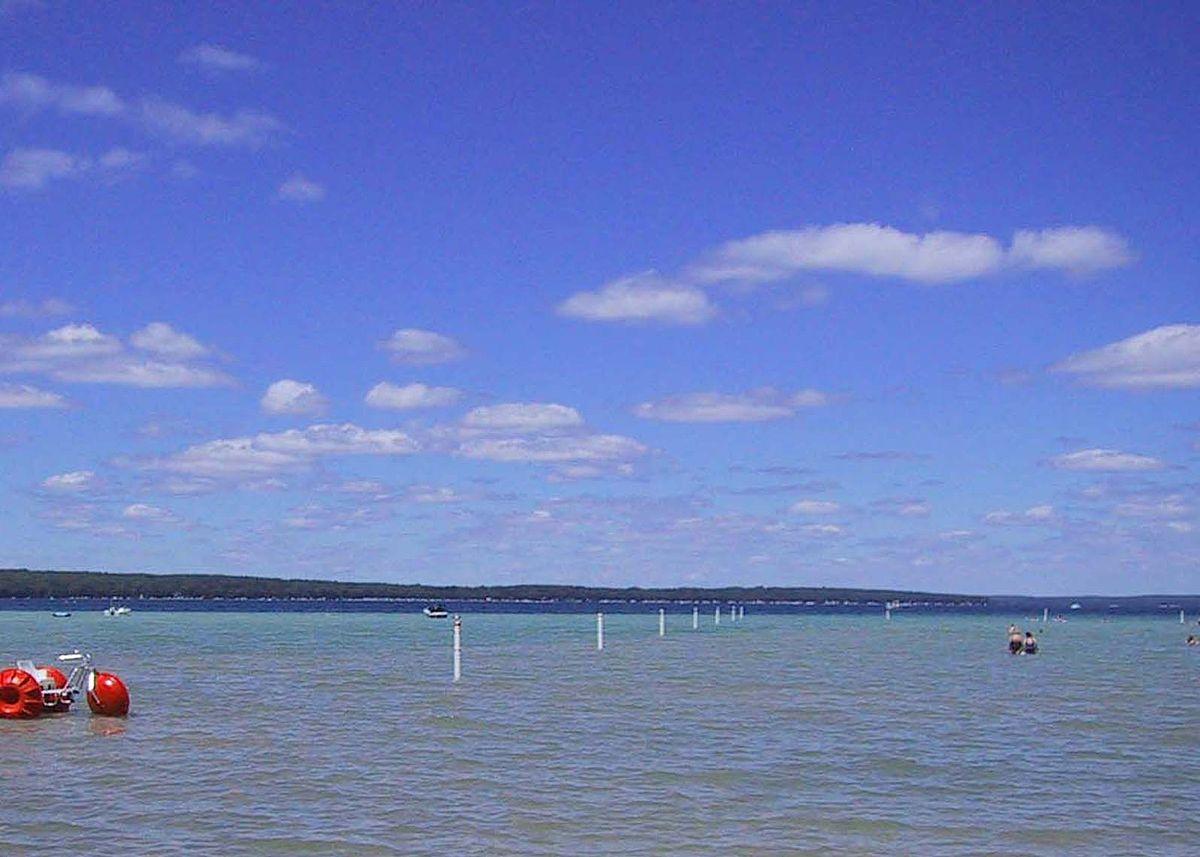 Higgins_Lake_1549984216312.jpg