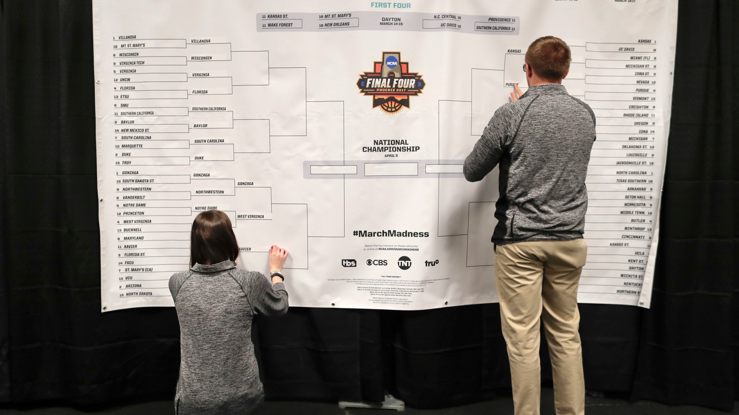 NCAA_Brackets_for_Everything_Basketball_47436-159532.jpg89137902