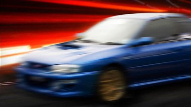 Car driving fast_97866