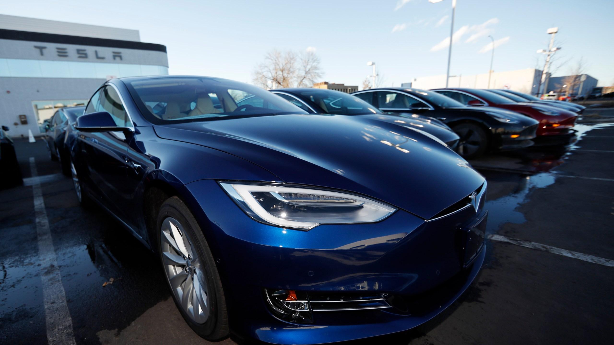 Tesla-Car_Production_95141-159532.jpg49612140