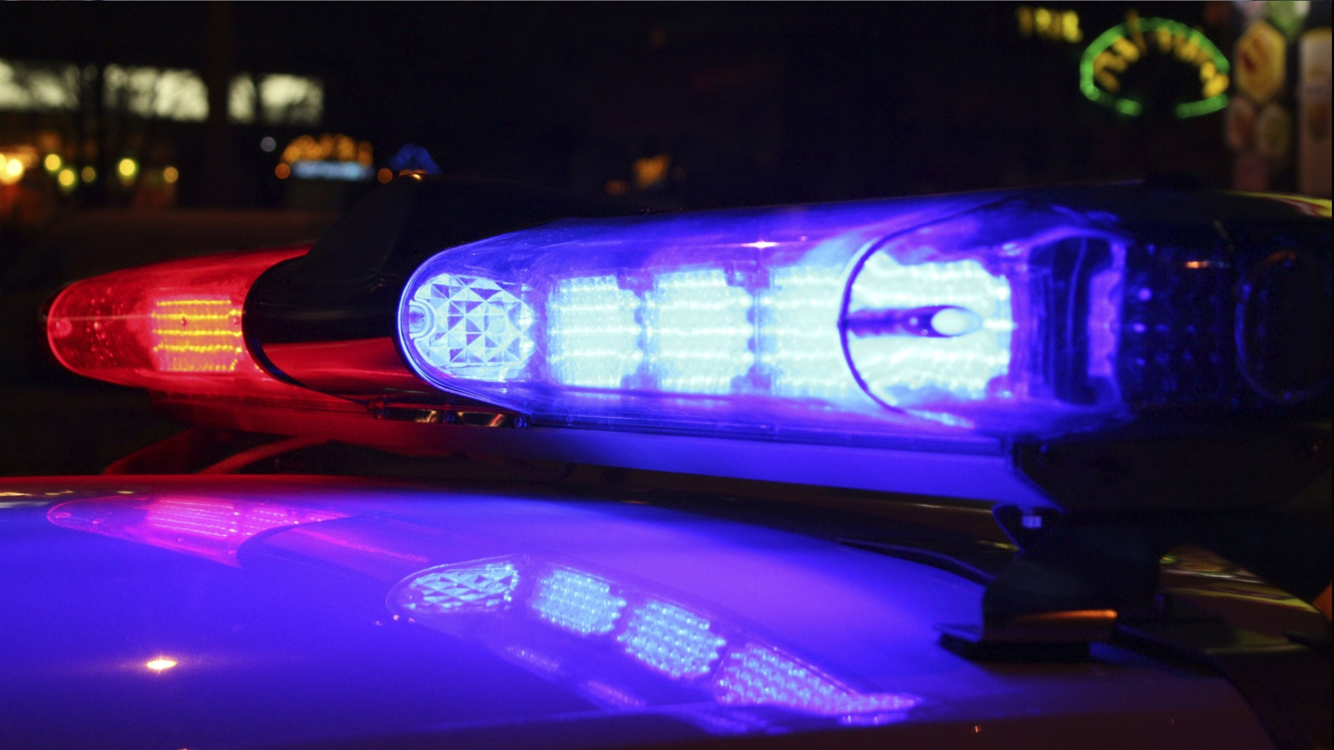 generic police siren_1531661260363.jpg.jpg