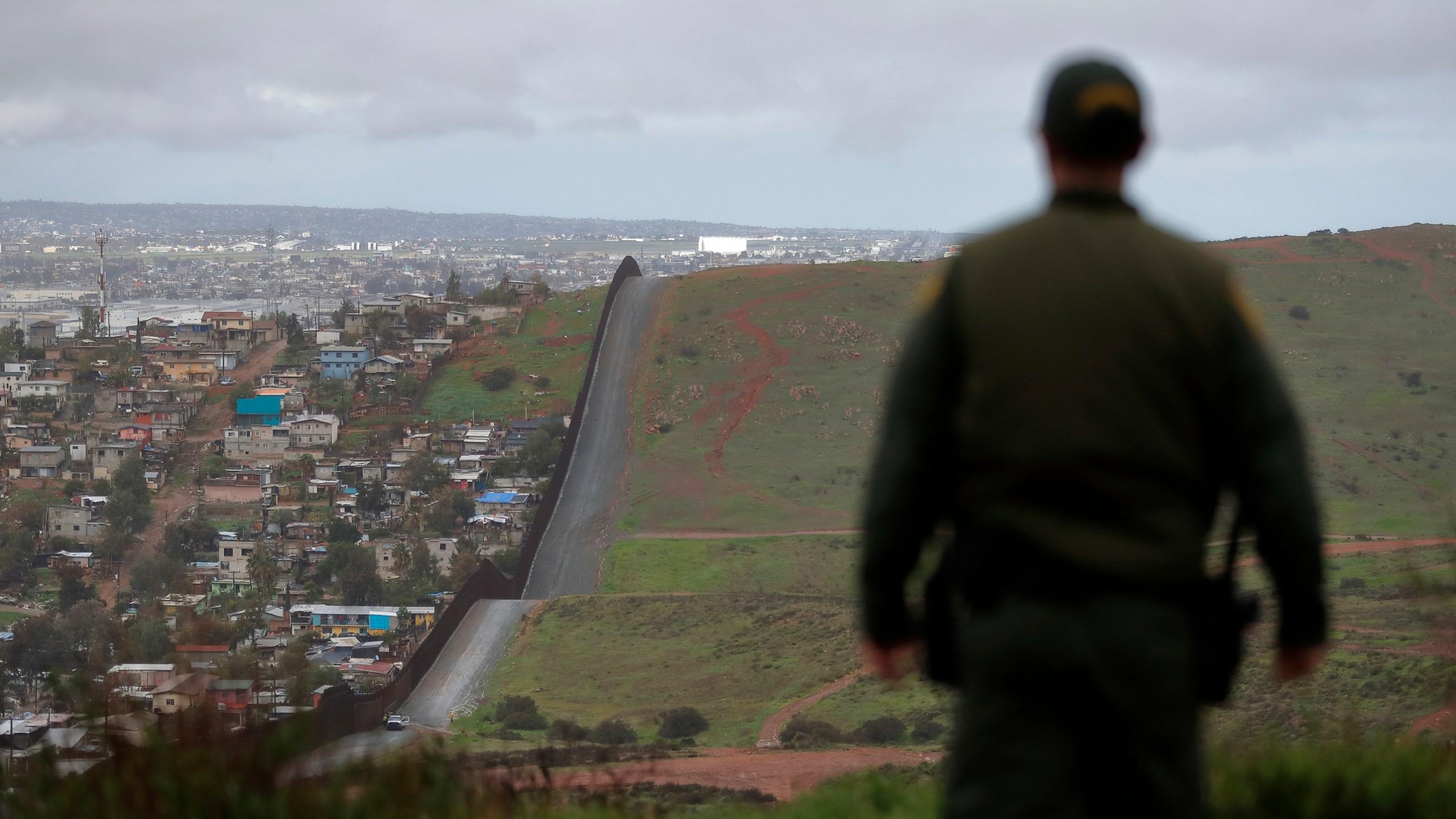 Border_Patrol_Biometrics_94921-159532.jpg77760934