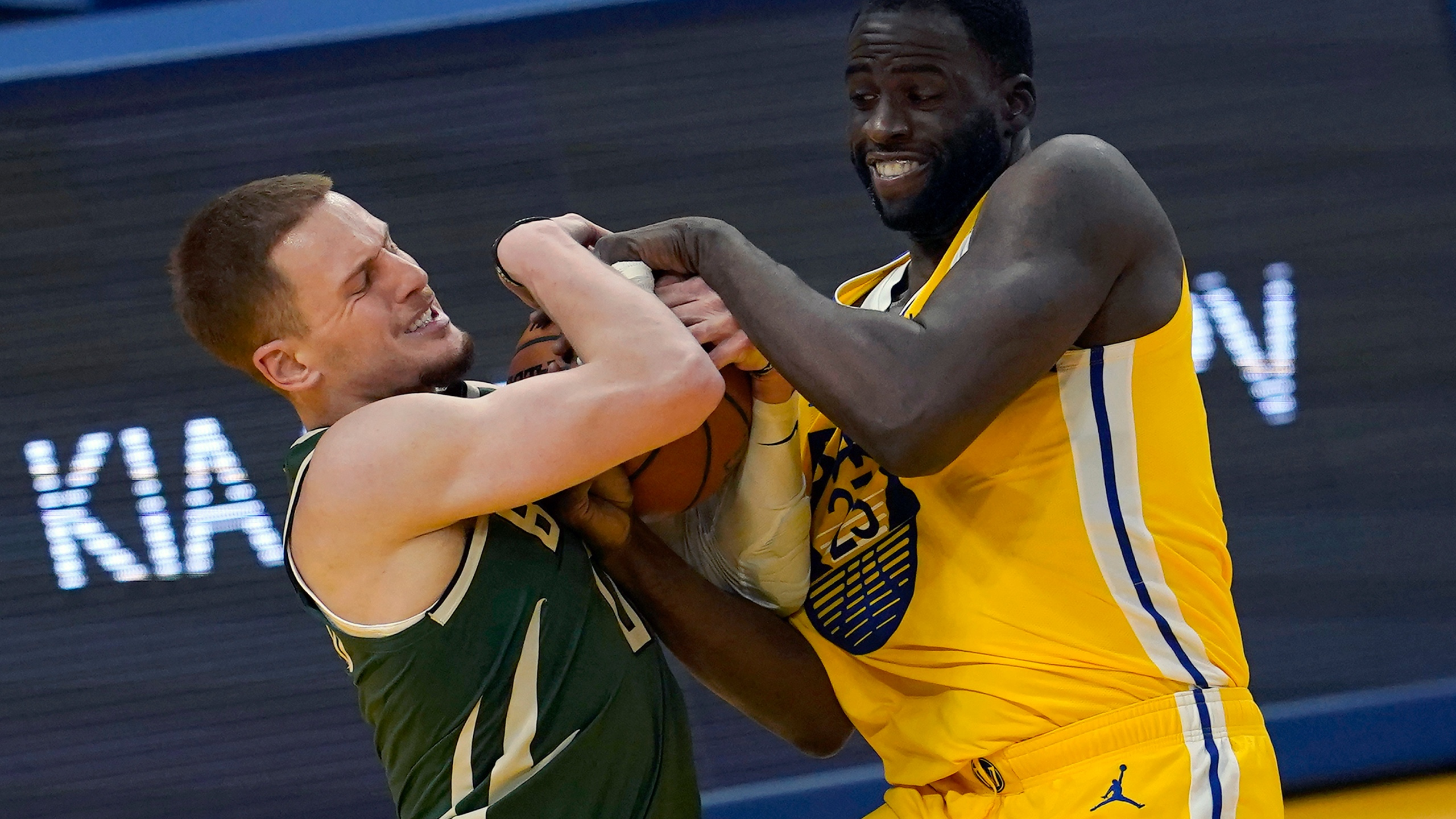 Donte DiVincenzo, Draymond Green